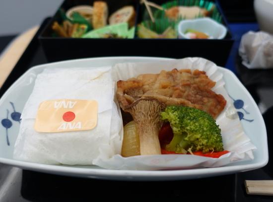 ANA昼食1