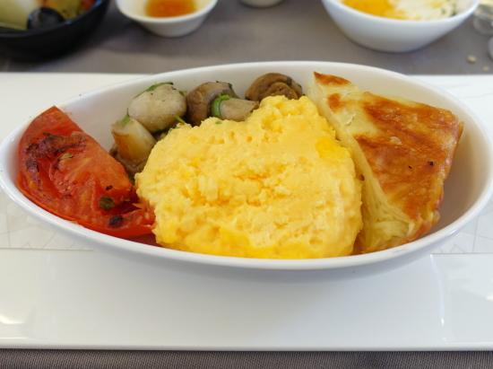ボロ・昼食卵1