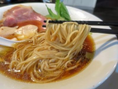 カネキッチン麺