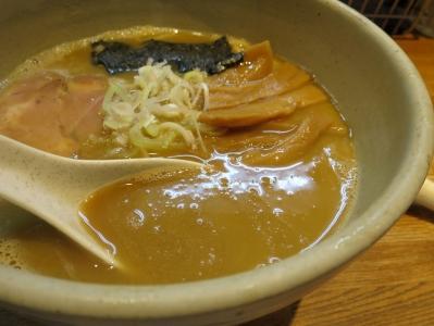 吉左右スープ