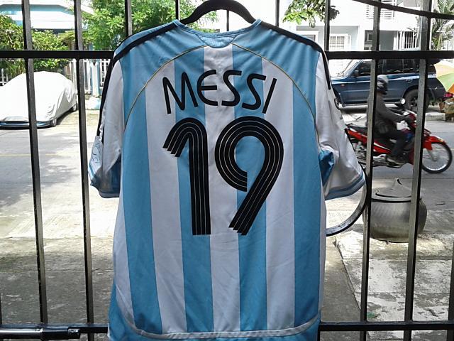 メッシ Tシャツ2