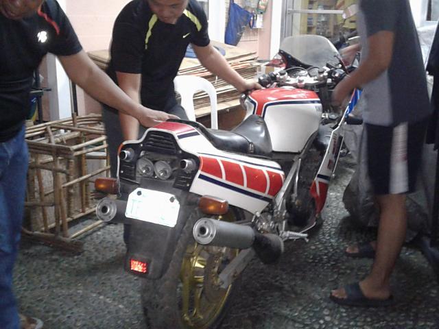 RZV500R