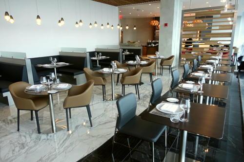 500_American-Flagship-Dining-JFK-5.jpg