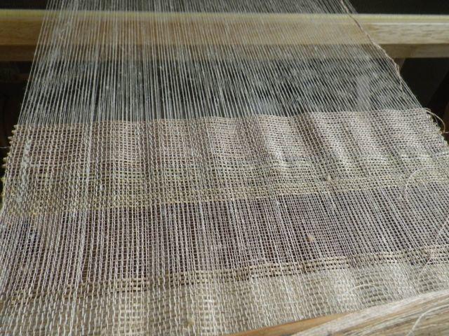 絹の色・織り途中1