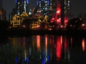 ホテルから見たロッテタワー周辺の夜景