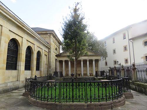 ゲルニカの木