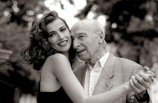 老人と美女