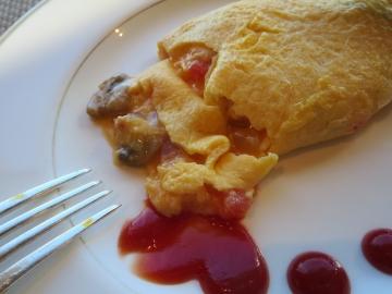 トロトロの仕上がり。マッシュルームや玉葱、トマトを入れて貰いました