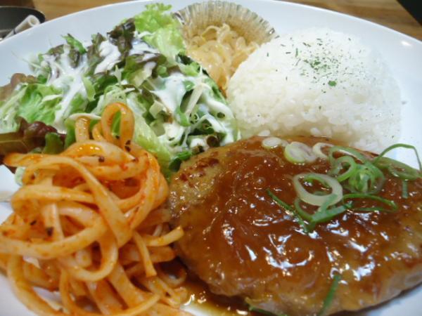 6/28クリームキッチン・ハンバーグタマネギソース