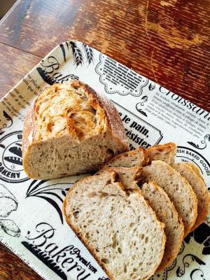 キャラウェイシードのライ麦パン