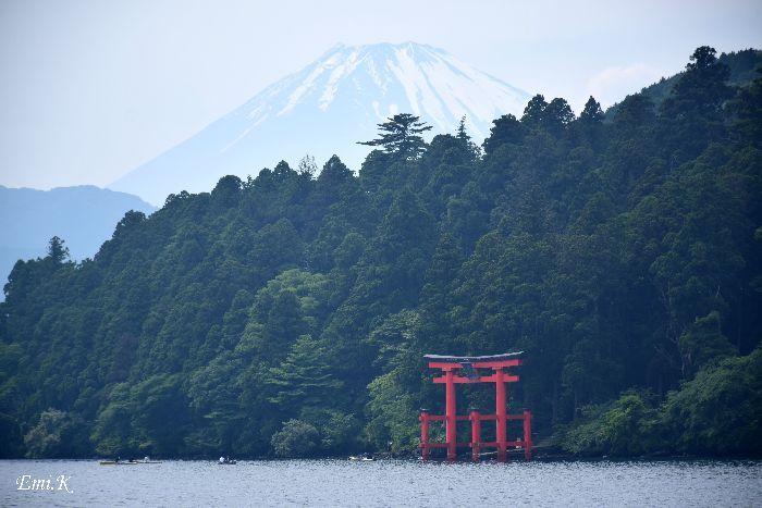 036-New-Emi-富士山-箱根神社の鳥居