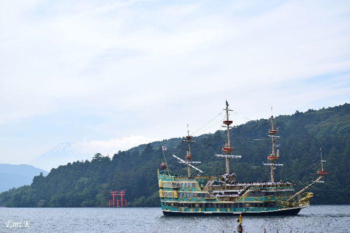 006-New-Emi-海賊船-富士山-箱根神社の鳥居