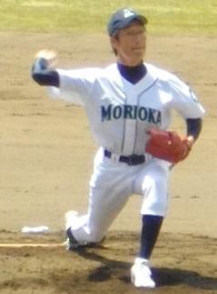 盛球・鈴木治投手