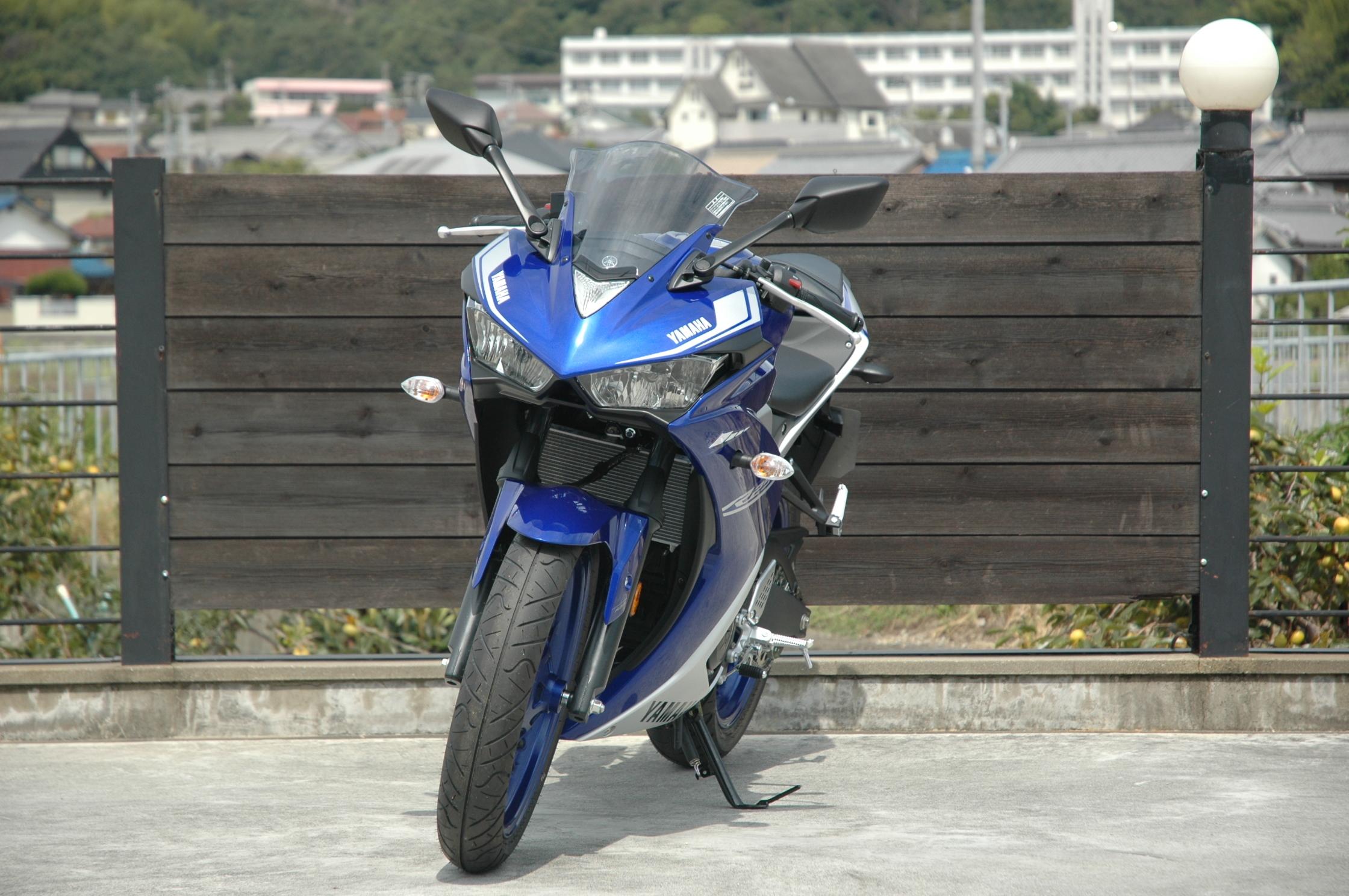 170915-r25-blue-3.jpg