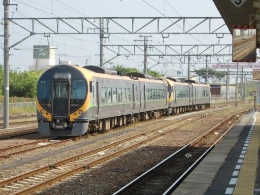 taiwan8000 (1)