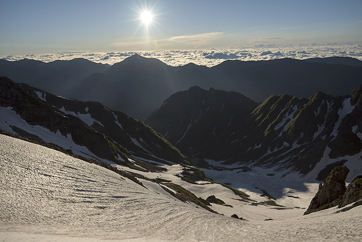 170706 朝陽と雪渓
