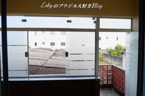 0006ベランダのリフォームガラス取り付け完成3窓とドアを開けたところ2