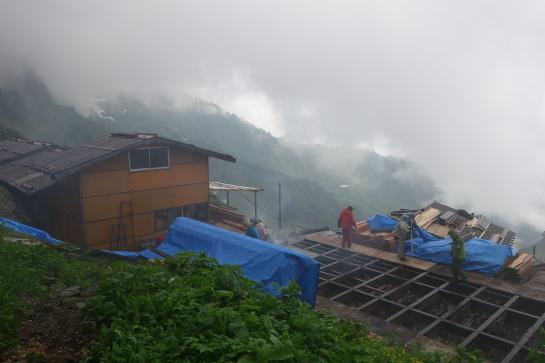 siroumayari1707160124.jpg