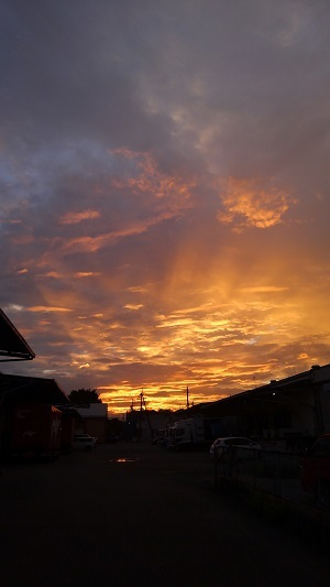 駐車場からの夕焼け