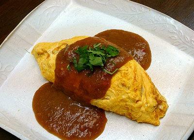 梅味噌トマトソースの和風オムライス