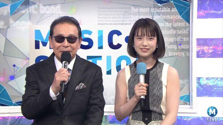 2017年12月01日弘中綾香の画像24枚目