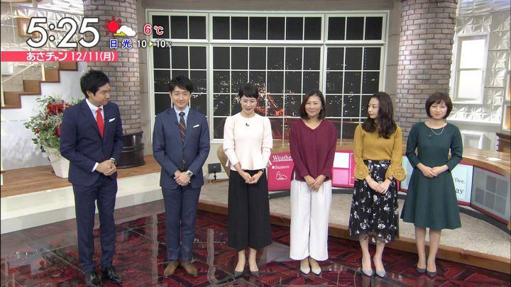 2017年12月11日伊東楓の画像01枚目