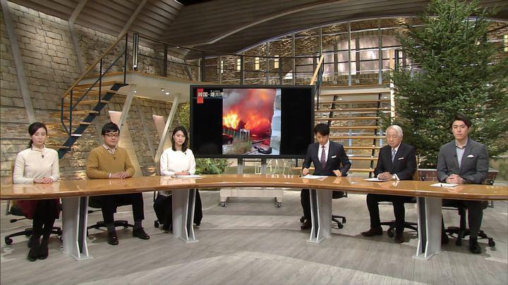 2017年12月21日小川彩佳の画像01枚目