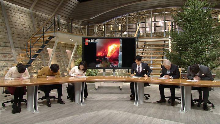 2017年12月21日小川彩佳の画像02枚目