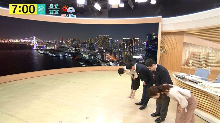 2017年10月09日内田嶺衣奈の画像12枚目