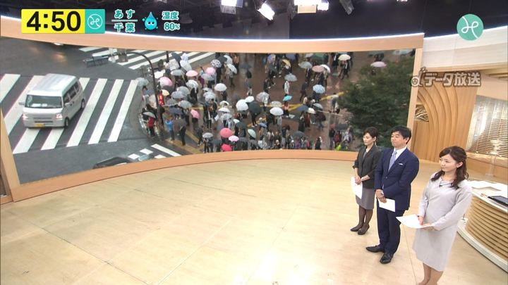 2017年10月13日内田嶺衣奈の画像01枚目