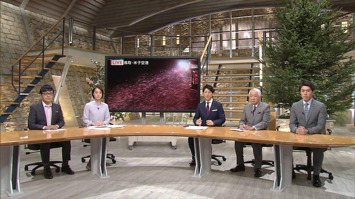 2017年12月11日八木麻紗子の画像01枚目