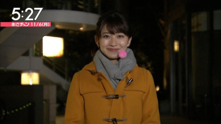 2017年11月06日山本里菜の画像03枚目