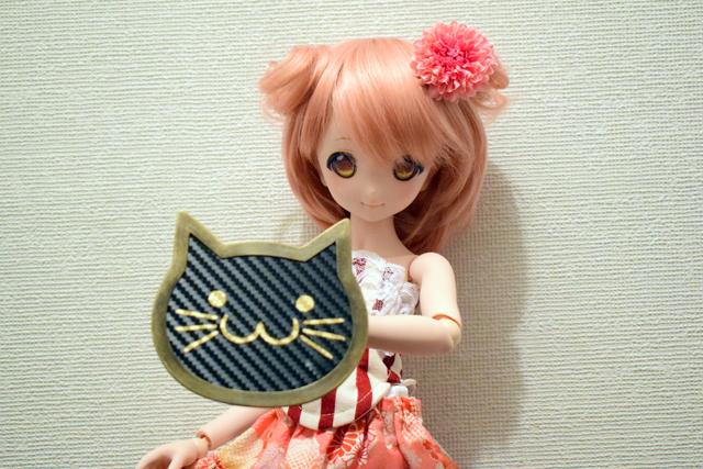 猫盾小カーボン風1