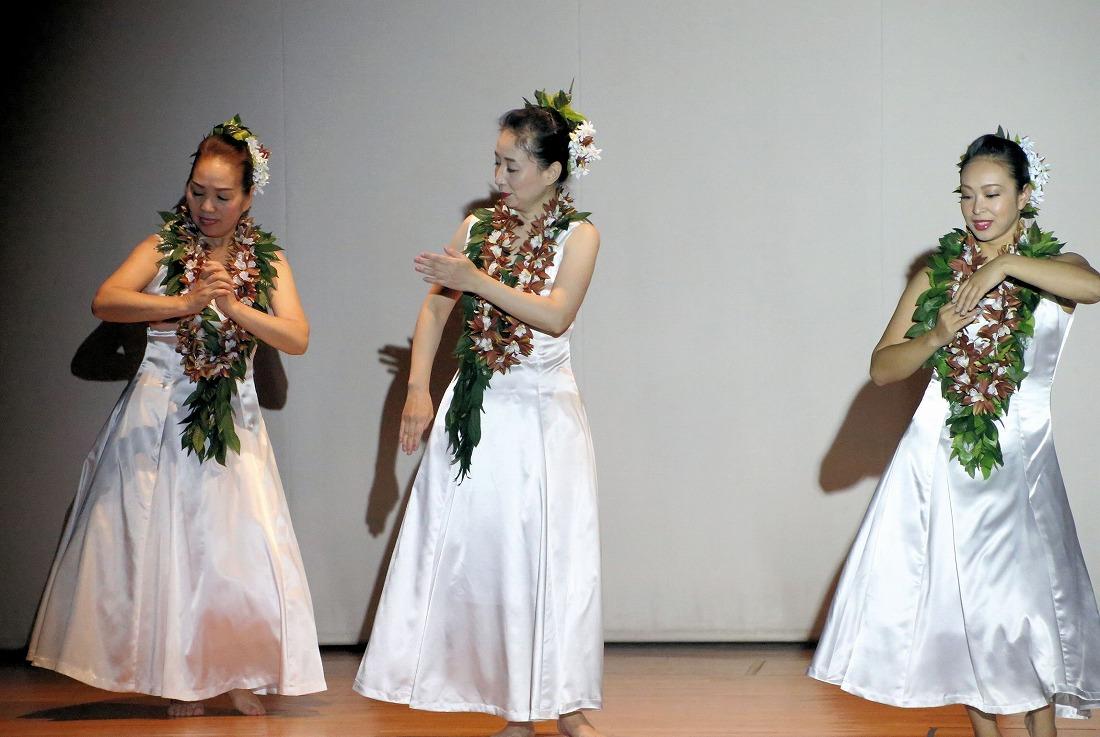 kizuna16hula2-12.jpg