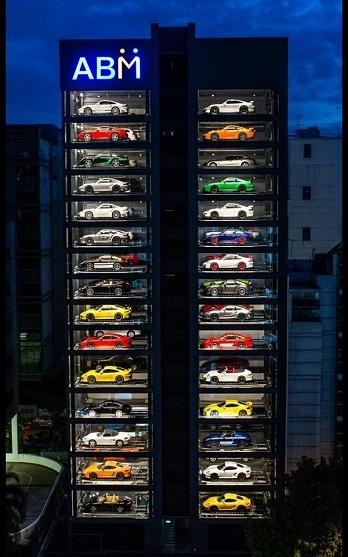 Autobahn Motors.jpg