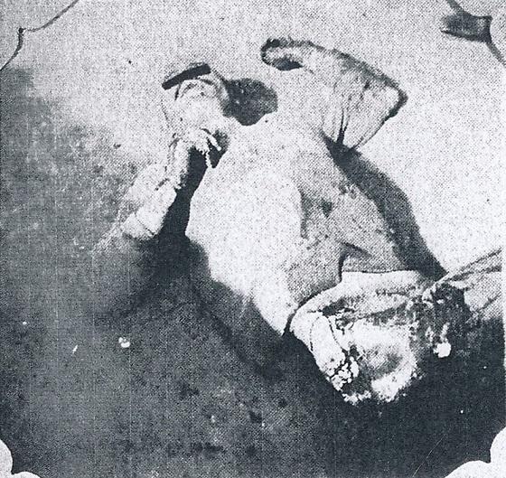 犠牲者の虐殺体。被害者の氏名が判明しており、プライバシー保護のために目にマスク処理をしている