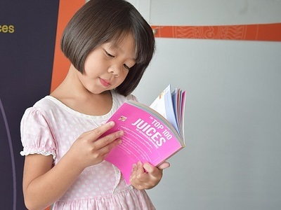 girl-read-book-01.jpg