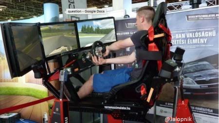 レースゲームが正式なモータースポーツに