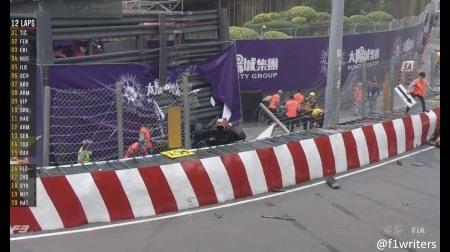第65回マカオF3GP女性ドライバーのソフィア・フローレシュが大クラッシュ
