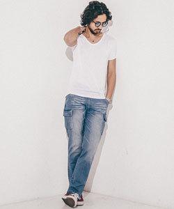 白Tシャツ ダメージデニム コーディネート メンズ1