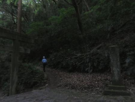 燕朝駆け清水山 023