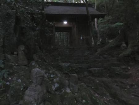 燕朝駆け清水山 018