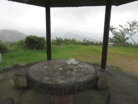 清水山 霧雨ハグロトンボ 035