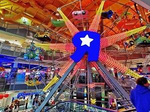 Toys-R-Us-Times-Square.jpg