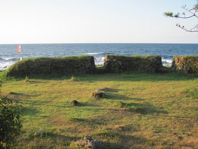 丸岡藩砲台2010.09.04H