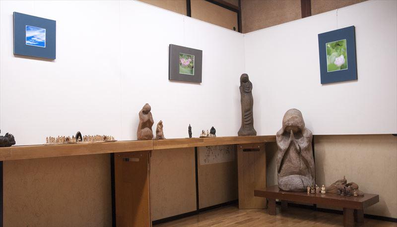 木彫・写真、二人展開催中
