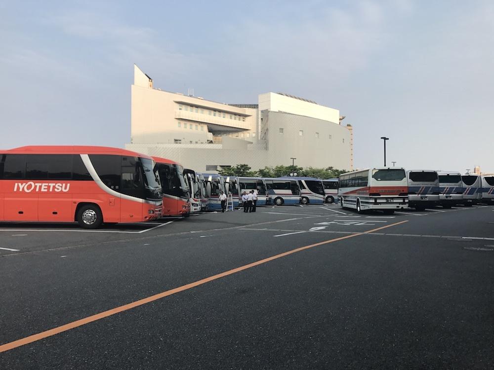 修学旅行のバス