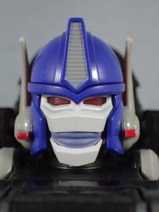 トランスフォーマー マスターピース MP38 コンボイ (BW) 伝説の総司令官Ver ロボットモード (6)
