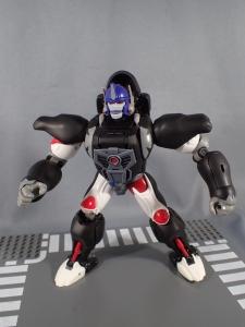 トランスフォーマー マスターピース MP38 コンボイ (BW) 伝説の総司令官Ver ロボットモード (15)