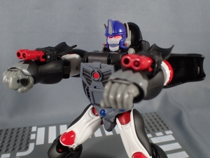 トランスフォーマー マスターピース MP38 コンボイ (BW) 伝説の総司令官Ver ロボットモード (19)